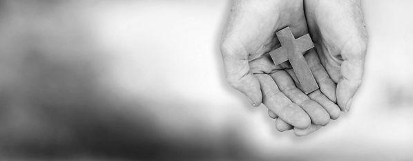hands_with_cross2.jpg