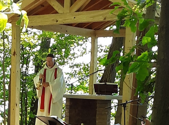 Blessing the altar pavilion.