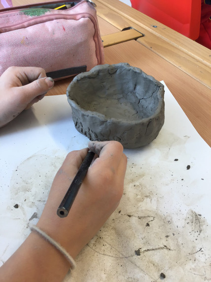 Trying out hands at some sculptural clay!