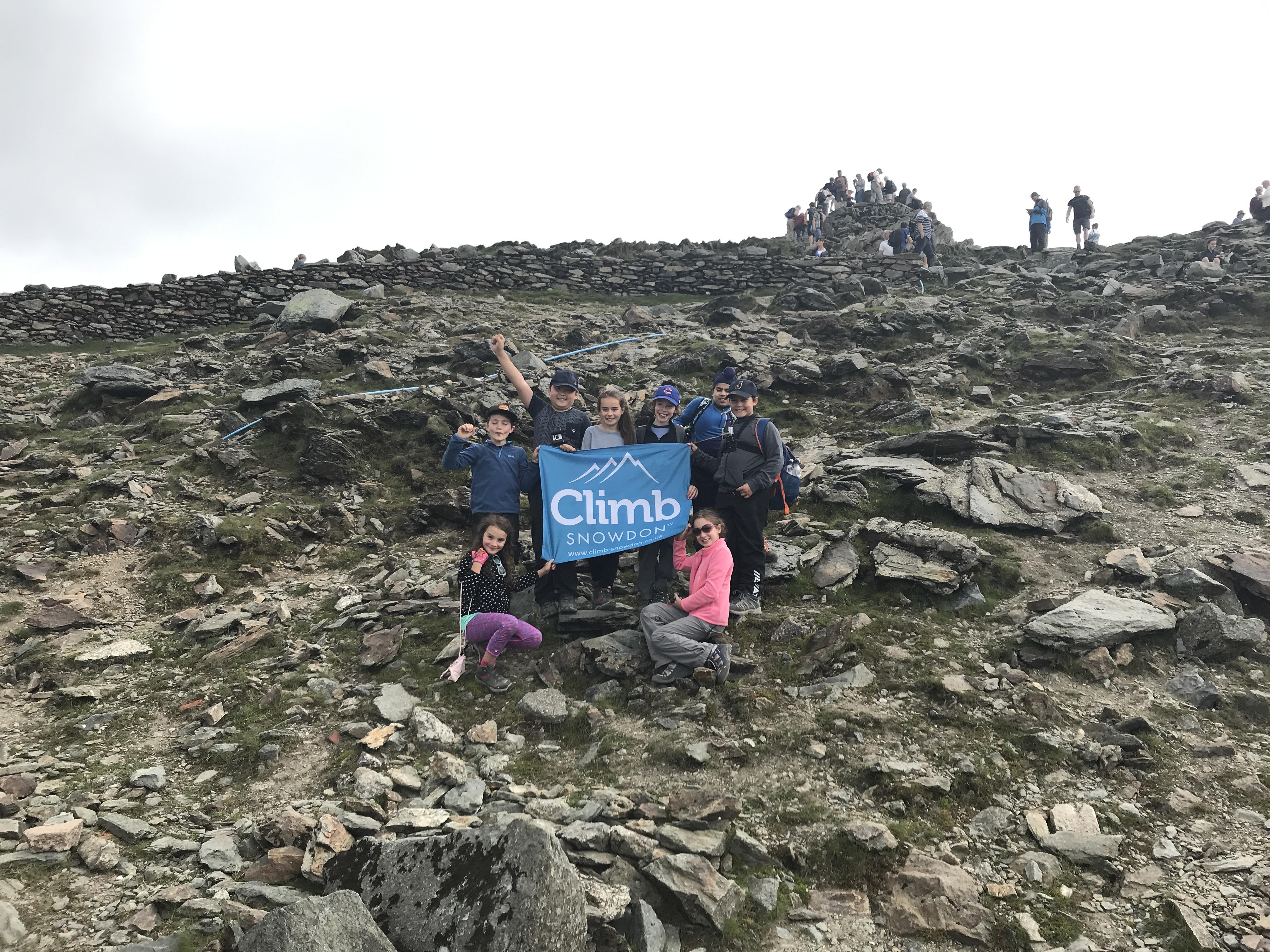 Yr 5 Climb Mount Snowden!