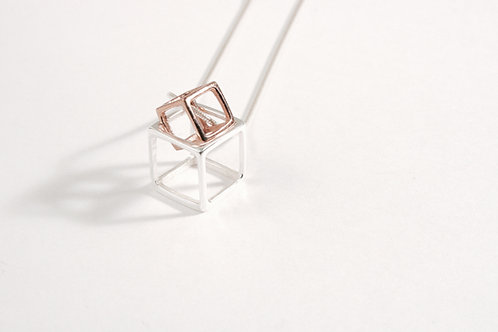CUBE NECKLACE I