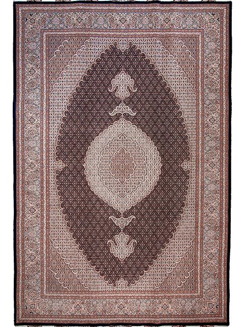 Fine Tabriz Mahi - 313 x 205cm