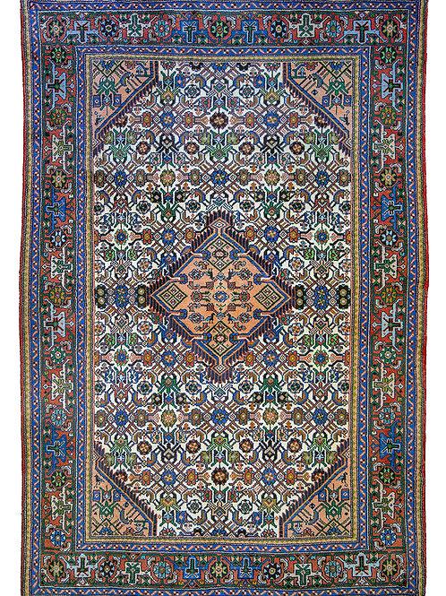 Tajabad - 195 x 129cm