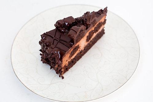 """Торт бисквитный """"Три шоколада"""""""