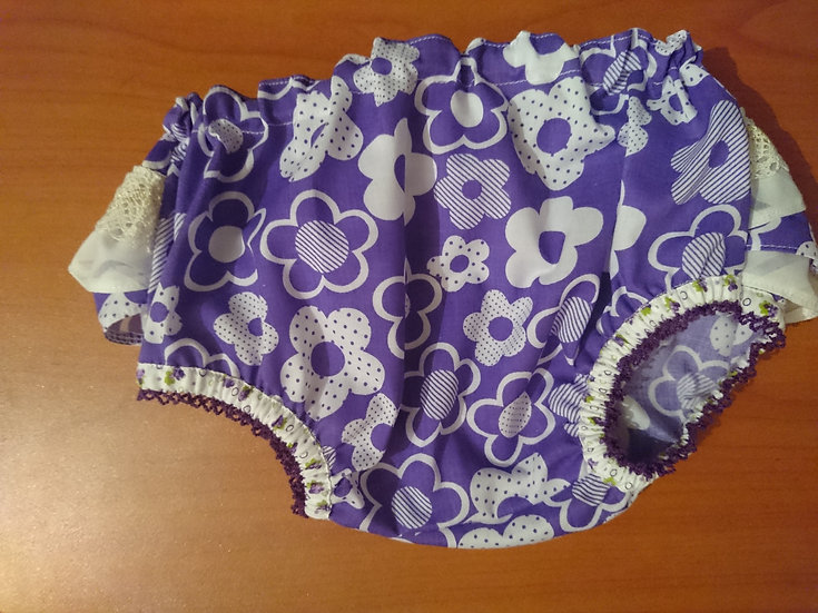 Frilly knickers 6-12m