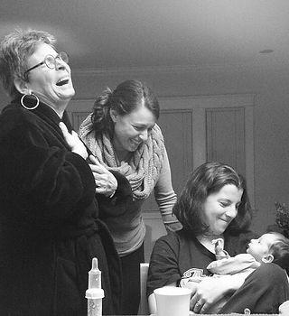 3-generations-of-korn-women_t20_g1pp7a.j