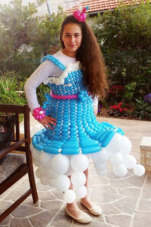 שמלת בלונים בשזירה אישית