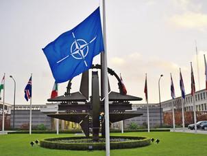 НАТО висилає вісім дипломатів РФ за можливі вбивства і шпигунство