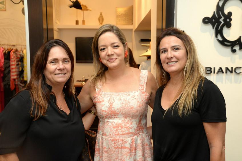 Luciana Ferreira, Bianca Gibbon e Ana Cr