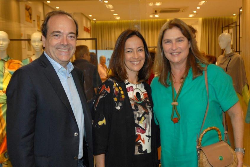 Carlos_Osório,_Ana_Luiza_e_Luciana_Almei