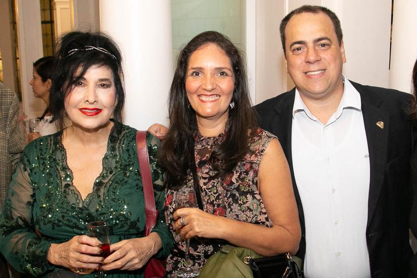Hanna, Rosa Lima, adamest Azevedo