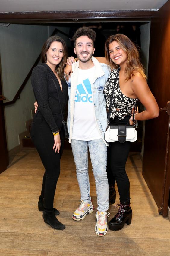 Beatriz Bonner, Felipe Mar e Giulia 0389