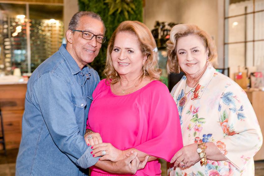 Amaro Leandro, Renata Fraga e Cristina A