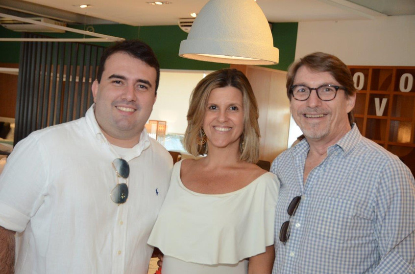 Rafael Costa Bastos, Barbara Machado e F
