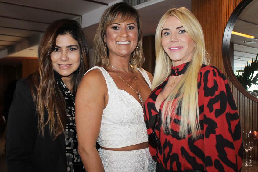 Ana Santana, Elisa Rocha e Maria Claudia