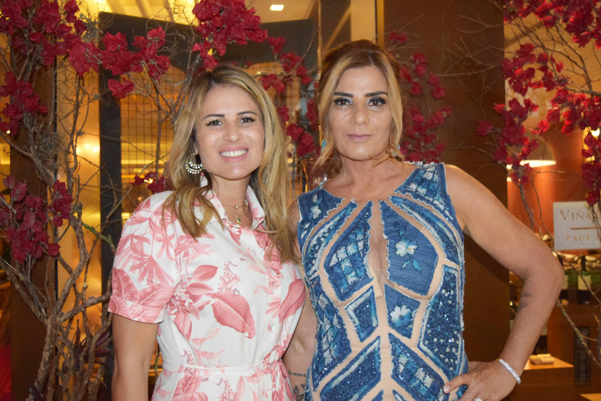 Ana Paula Barbosa e Claudia Bueri