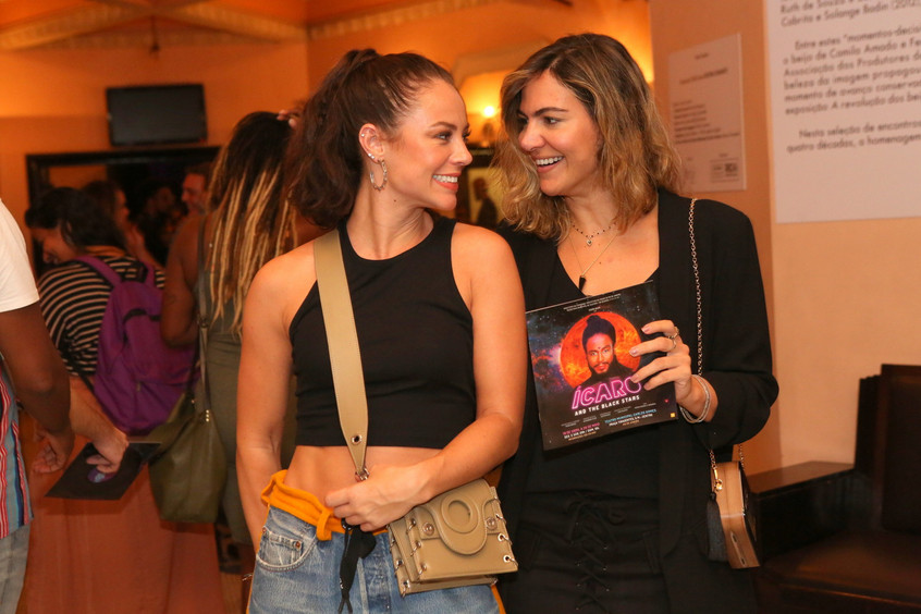 Paolla Oliveira e Carol Sampaio 9026