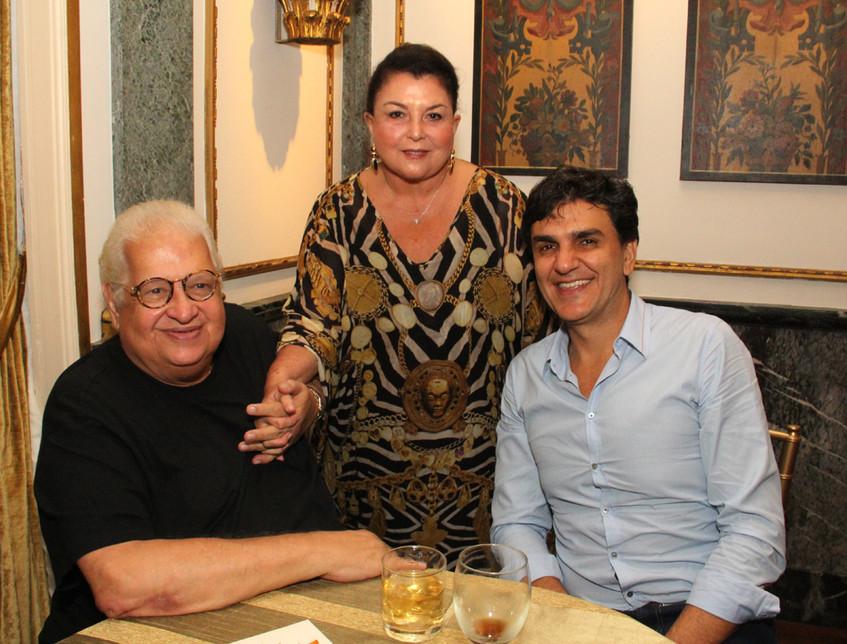 Carlos Serpa, Maria clara Tapajos e Gabr