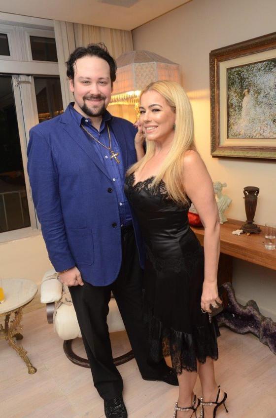 Diego Cosac e Ariadne Coelho