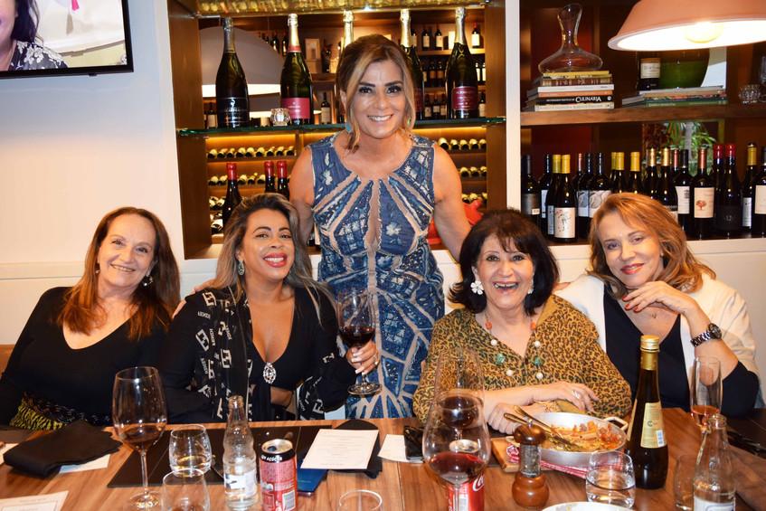 Gloria_Maria_Araujo,_Adriana_Freitas,_Cl