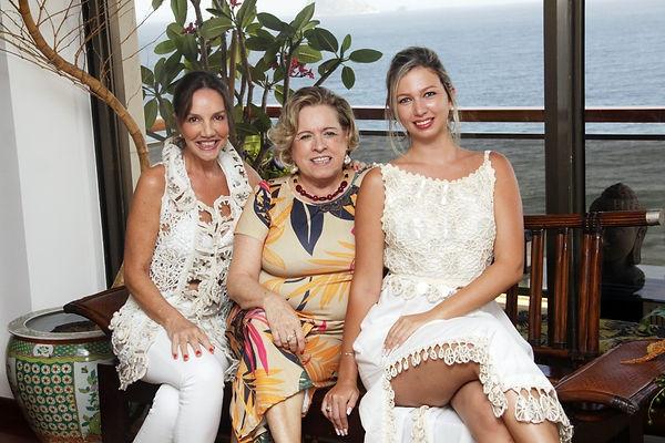 Adriana, Regina e Daniella