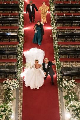 Saída da Igreja após a solenidade do  casamento de Enzo e Adriana de Rivera