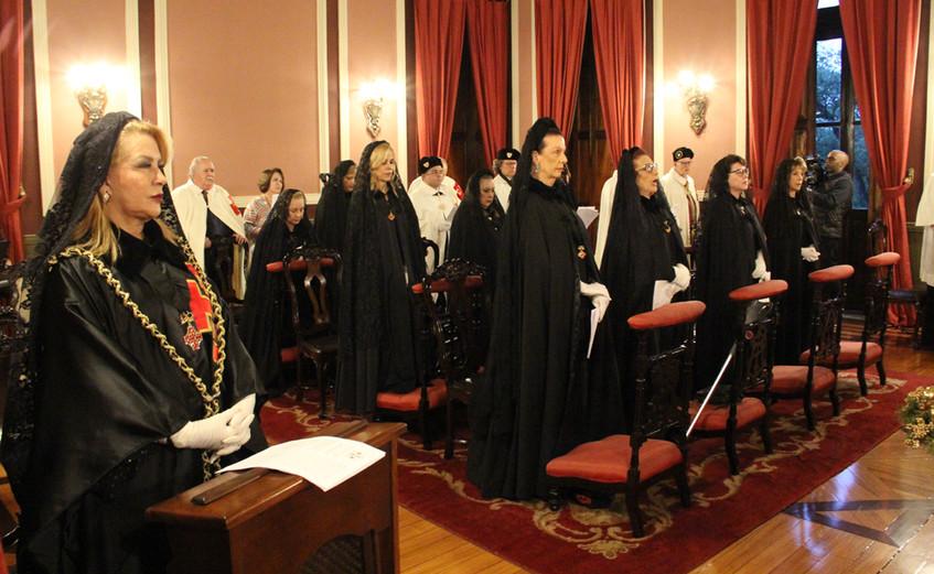 Missa cia as Damas do Santo Sepulcro