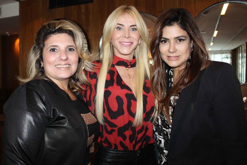 Tayana Ruiz, Maria Claudia e Ana Santana