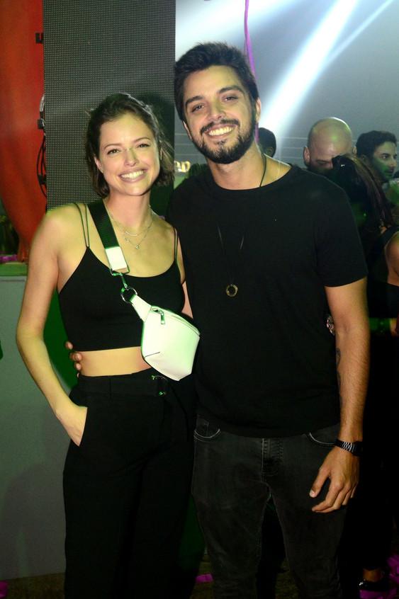 Aghata Moreira e Rodrigo Simas (2)