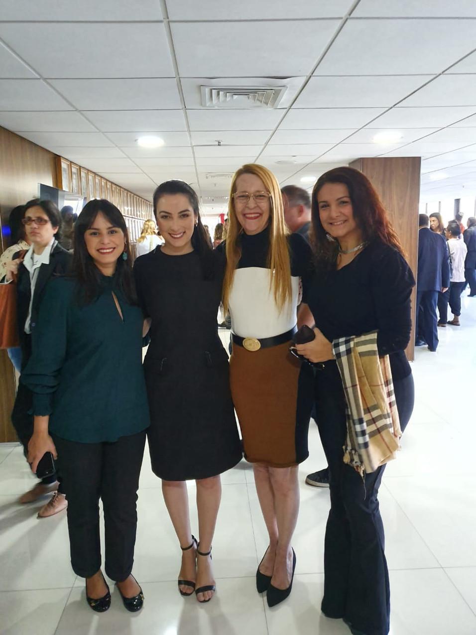 agencia dos reis - advogadas - Foto Rica