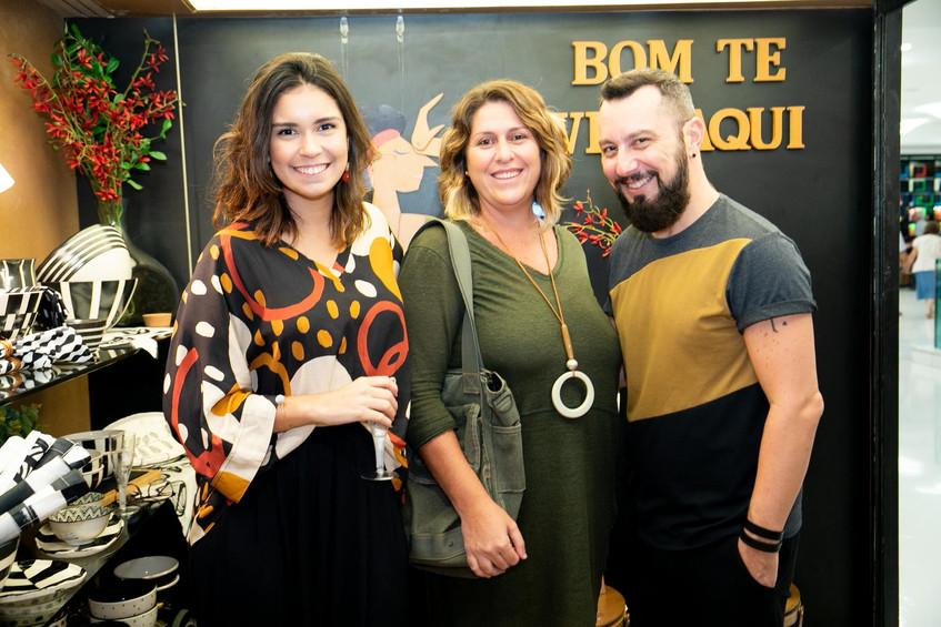 Carol Sobreira, Ana Jacob e Luciano Cost