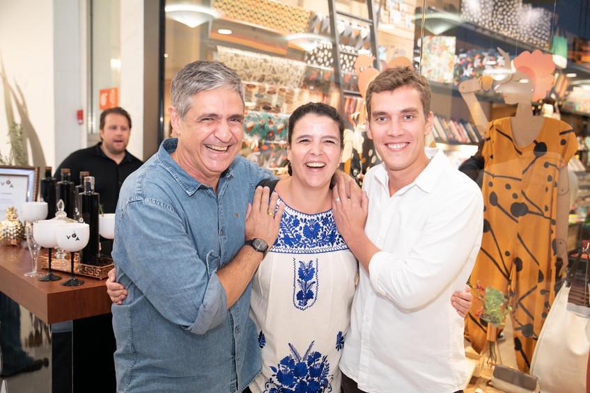 Toni Oliveira, Carol Novaes e Milton Cas