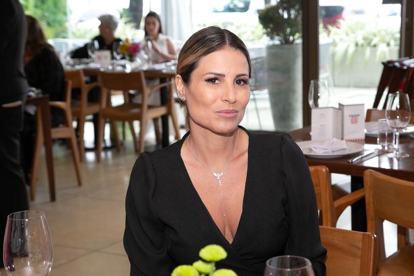 Ana Paula Barbosa-1