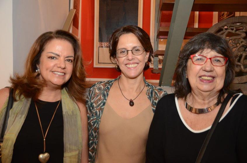 Roma Drumond, Laura Carneiro e Martha Al