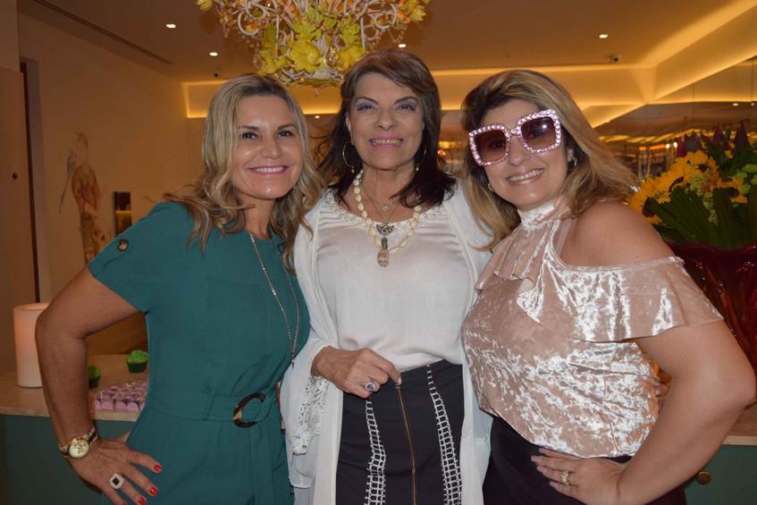 Karla Edde, Rose Addario e Tayana Ruiz