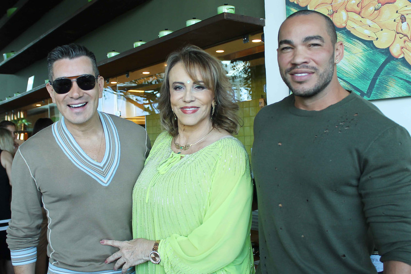 Marcelo Hicho, Regina e Italo Luz