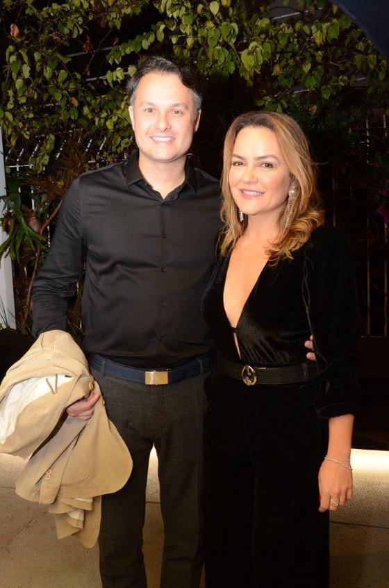 Flavio Rezende e Aline Vieira