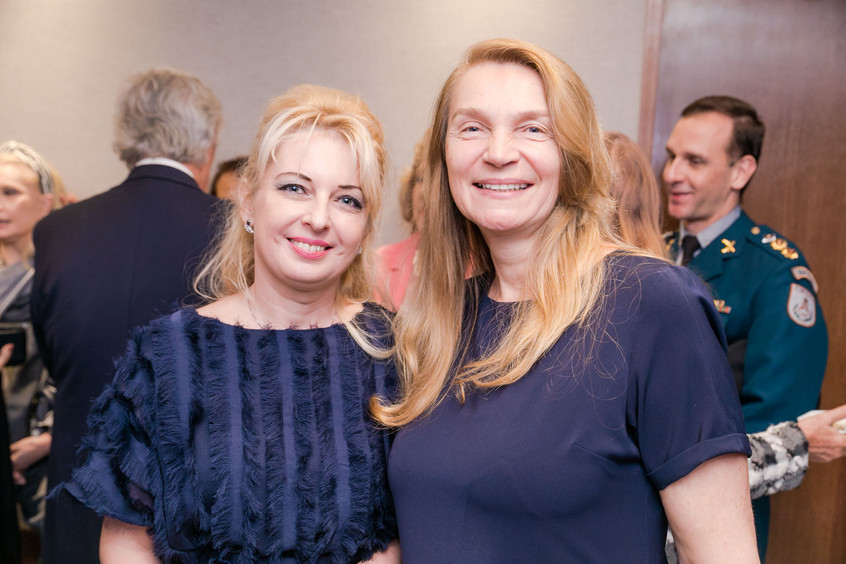 Romana Dovganyuk e Svetlana tokmakov _1T