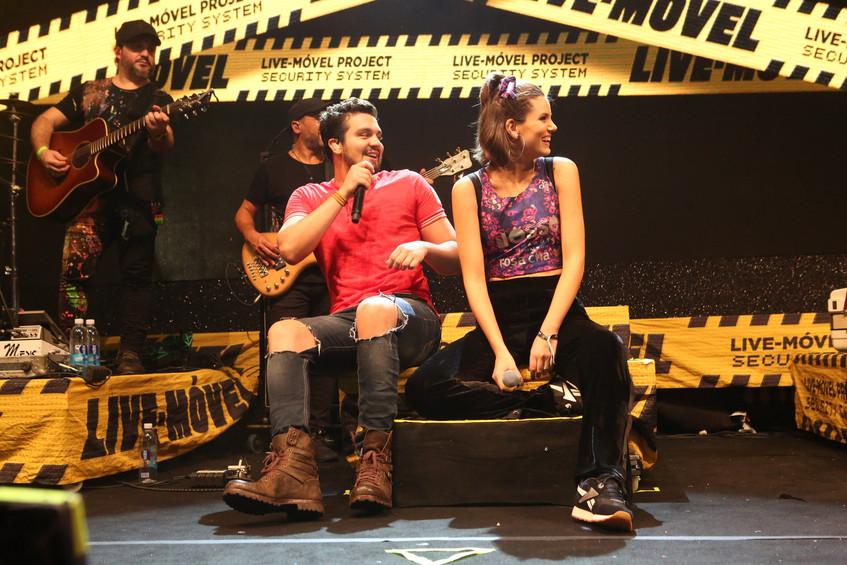 Camila Queiroz e Luan Santana 9644