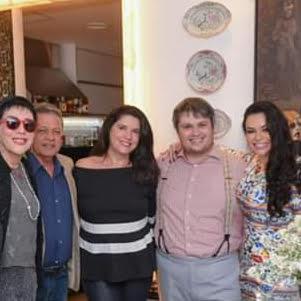 Bruna Castro com Claudio Castro, Joana e