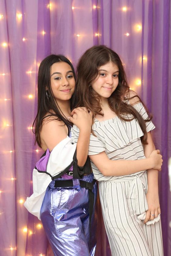 Manuela Fernandes e Nathalia goncalves 9