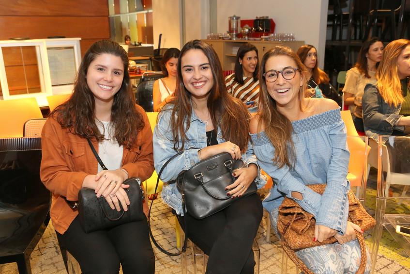 Maria Victoria, Camila Francisco e Marce