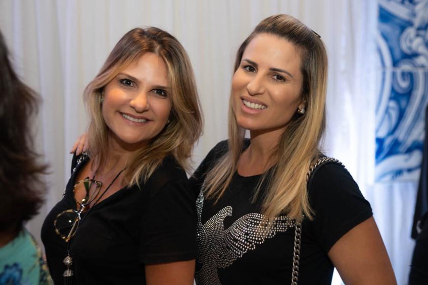 Adriana Indelli, Ana Paula Barbosa