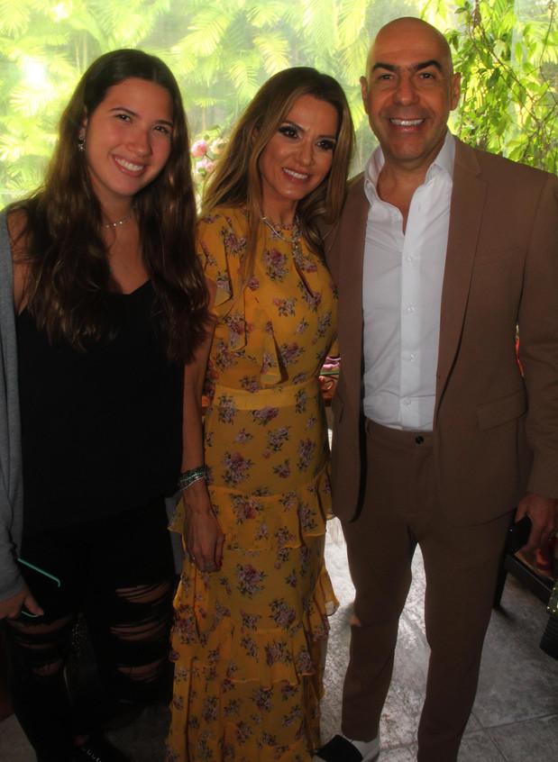 Eduarda, Adriana e Presidente da RIOTUR