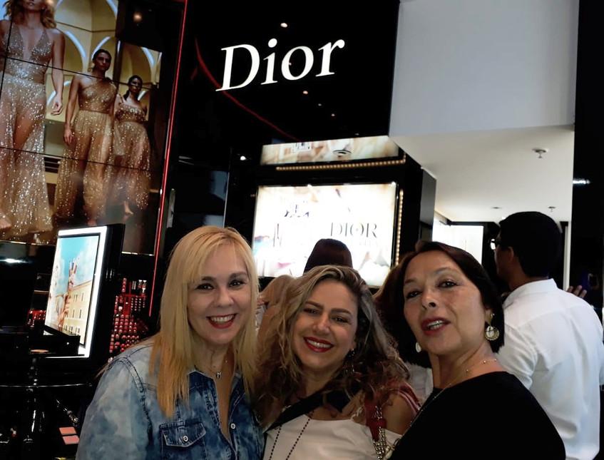 Marisa, Dani e Shirley