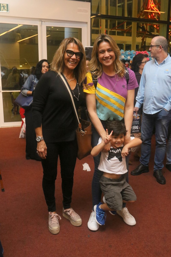 Fernanda Gentil e Familia 8328