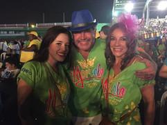 DANIELA SCHLEGEL, ENZO E ADRIANA RIVERA