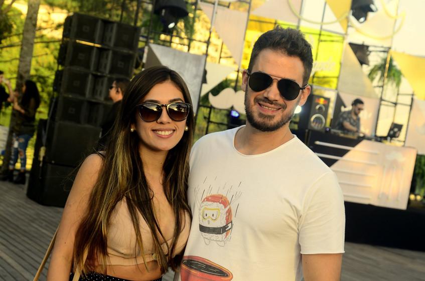 Bruna Santos e  Alexandre Cardoso