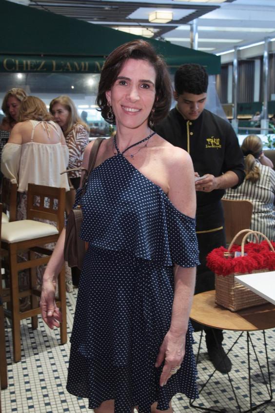 346Q2608-Esther Nigri