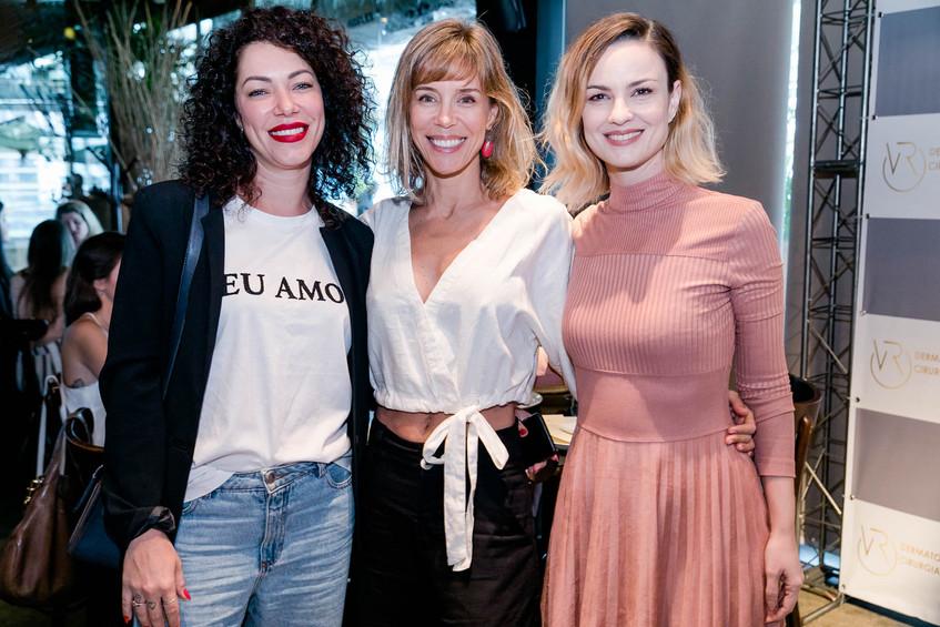 Sayonara Sarti, Daniela Galli e Carolina